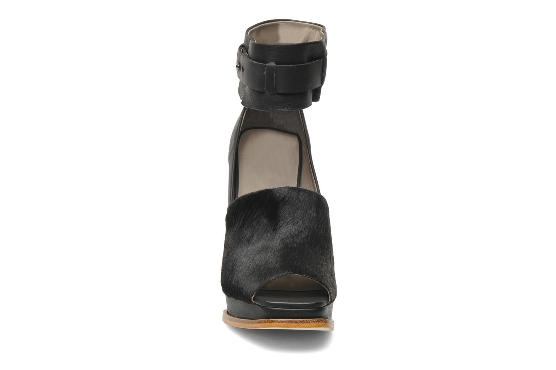 Escarpins Skin by Finsk Ari Noir vue portées chaussures