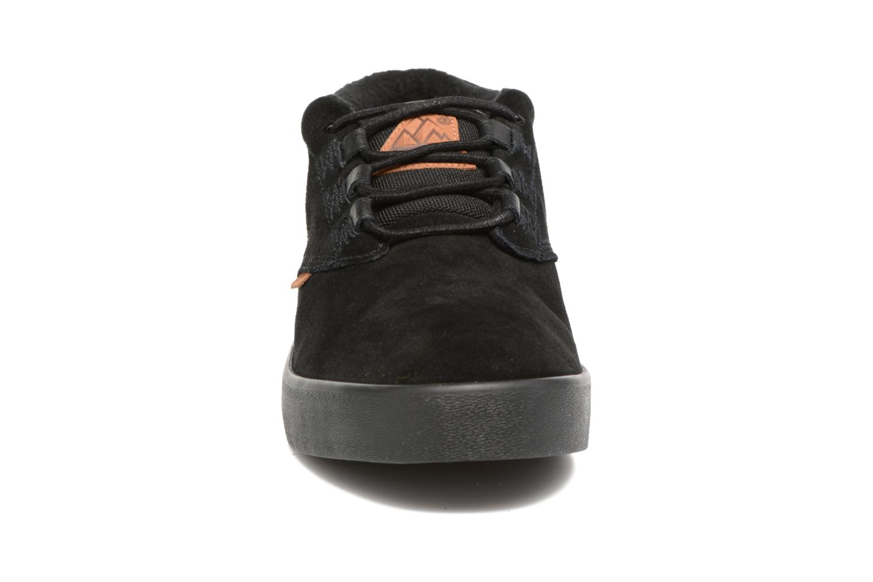 Sportssko Element Preston Sort se skoene på