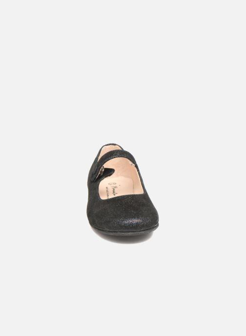 Ballerines Manuela de Juan Mimi Noir vue portées chaussures