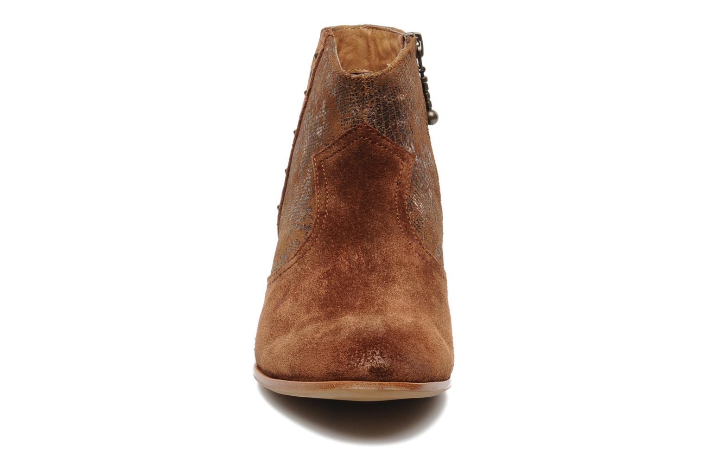 Bottines et boots Schmoove Woman Whisper vegas Marron vue portées chaussures