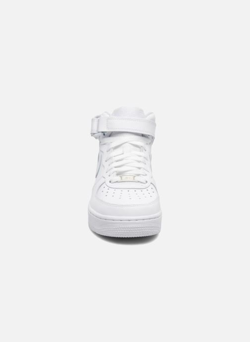 Baskets Nike Air Force 1 Mid (Gs) Blanc vue portées chaussures