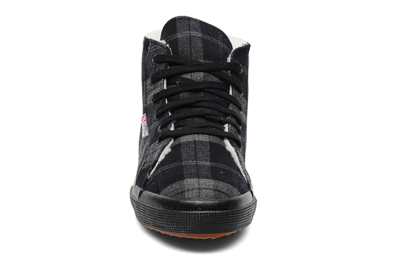 Baskets Superga 2095 TWEEDBINU Gris vue portées chaussures