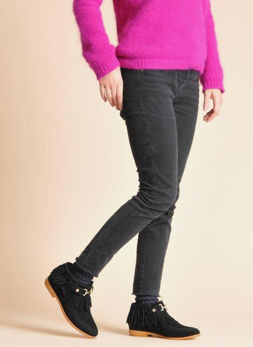 Stiefeletten & Boots F-Troupe Fringy schwarz ansicht von unten / tasche getragen