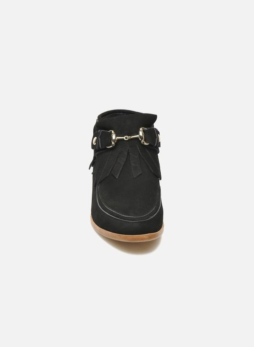 Ankle boots F-Troupe Fringy Black model view