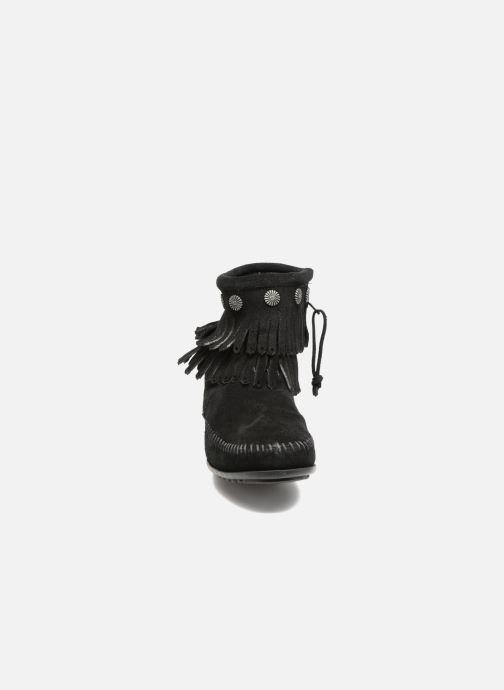 Minnetonka Double Fringe Side Zip Boot - Noir (black Suède)
