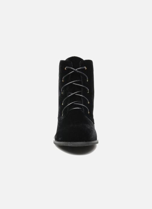 Ankle boots Shellys London Proskar Black model view