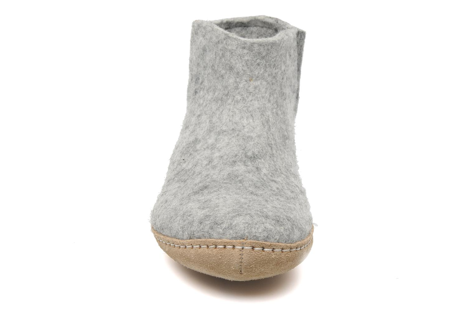 Slippers Glerups Poras W Grey model view