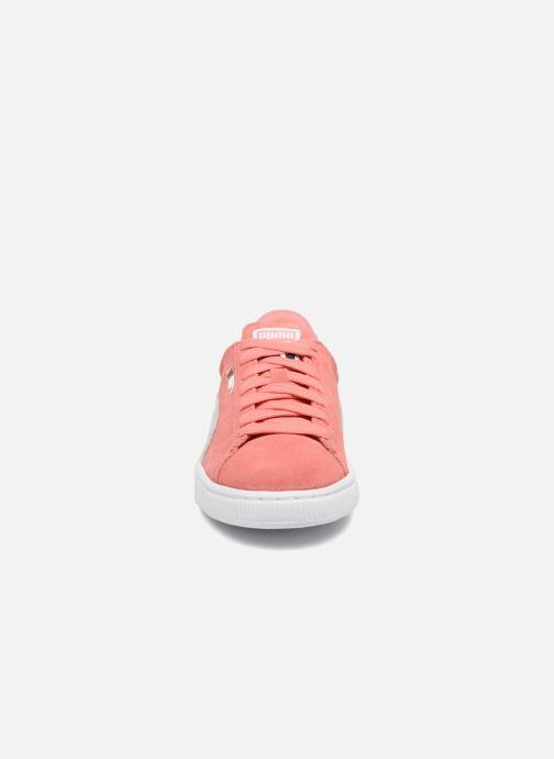 Sneakers Puma Suede Classic Wn's Rosa modello indossato