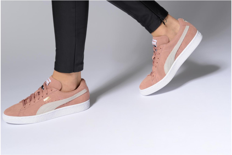 Sneaker Puma Suede Classic Wn's schwarz ansicht von unten / tasche getragen