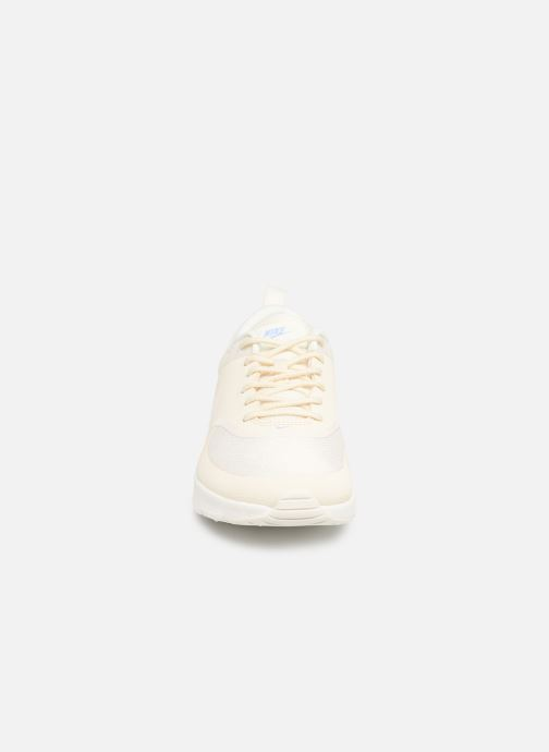 Trainers Nike Wmns Nike Air Max Thea White model view