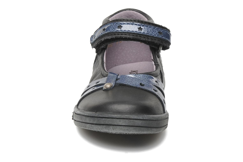 Ballerines Kickers TRESOR Noir vue portées chaussures