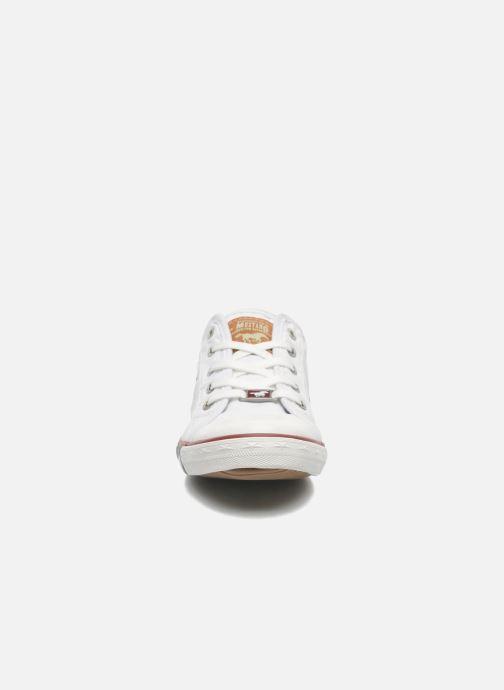 Sneaker Mustang shoes Pitaya weiß schuhe getragen