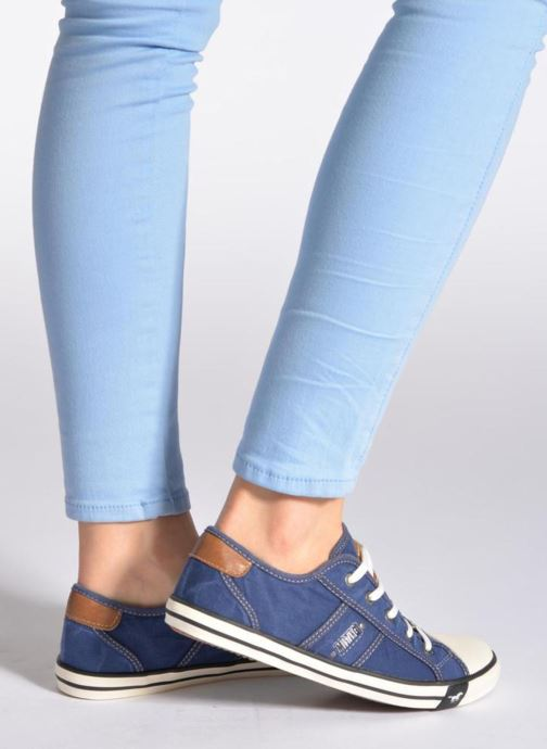 Baskets Mustang shoes Pitaya Bleu vue bas / vue portée sac