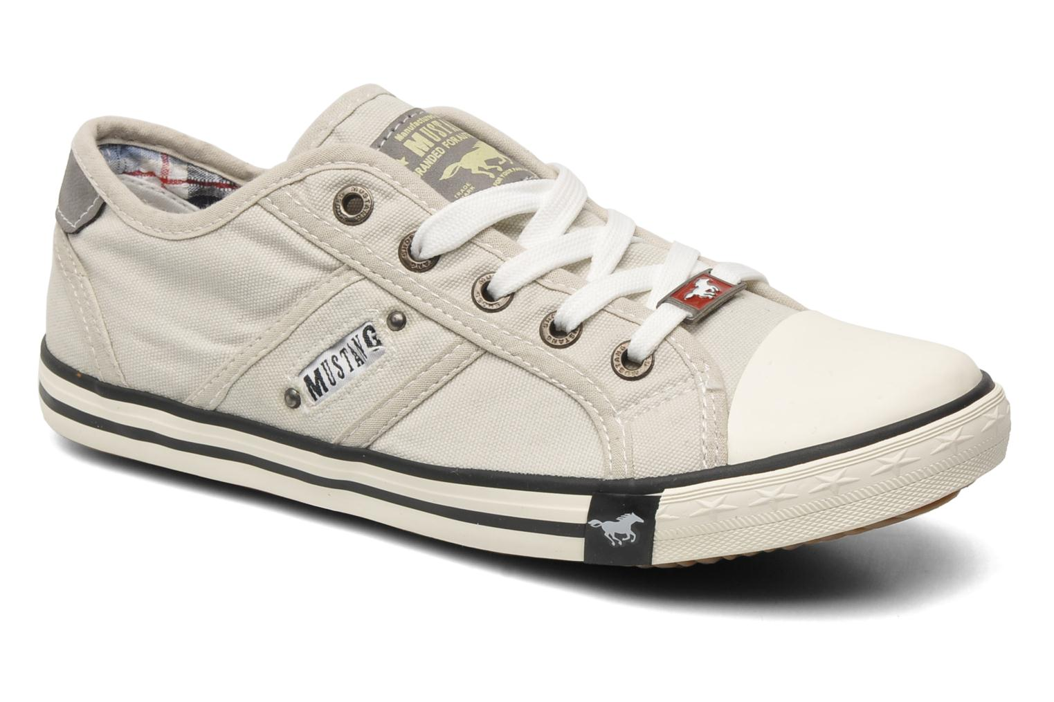 Trainers Mustang shoes Pitaya Beige detailed view/ Pair view