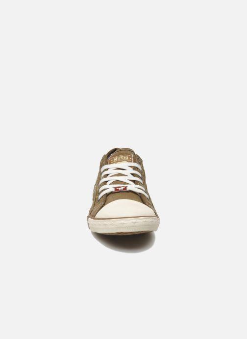 Baskets Mustang shoes Tista Marron vue portées chaussures