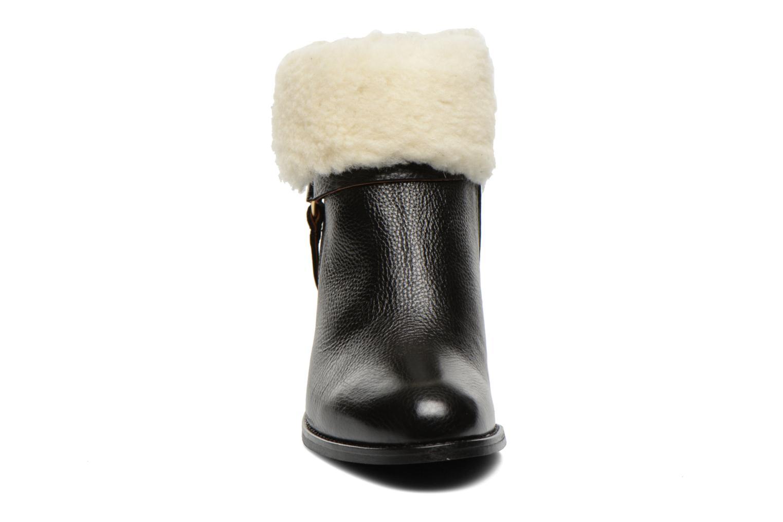 Bottines et boots Georgia Rose Chalet Noir vue portées chaussures