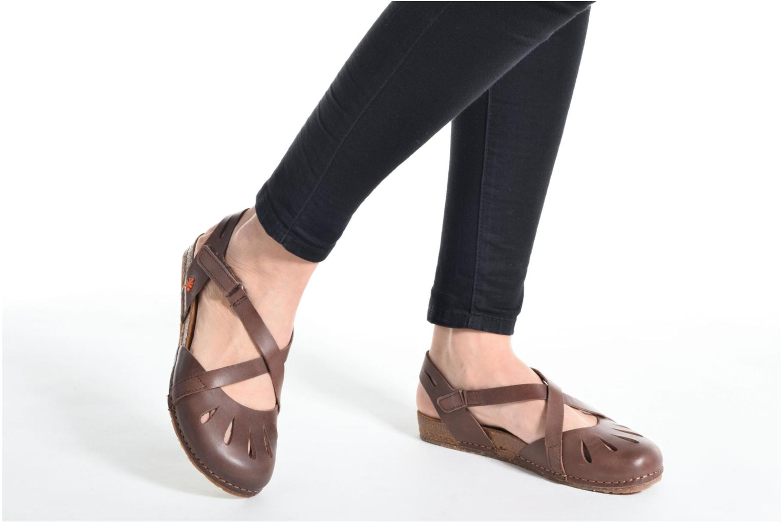 Sandales et nu-pieds Art Creta 449 Marron vue bas / vue portée sac