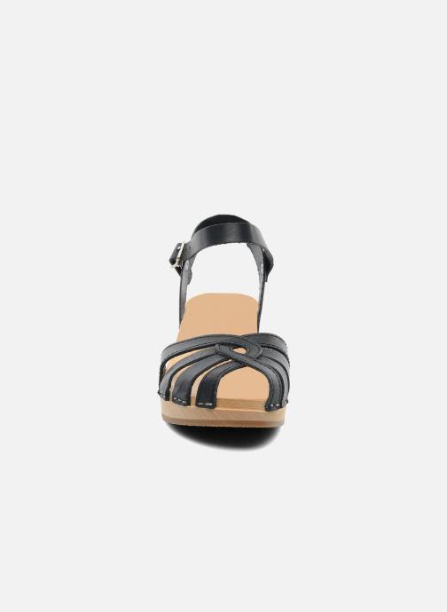 Sandaler Swedish Hasbeens Cross Strap Debutant Sort se skoene på