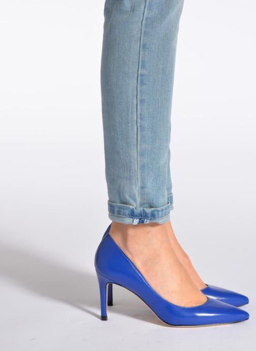 Escarpins L.K. Bennett Floret Bleu vue bas / vue portée sac