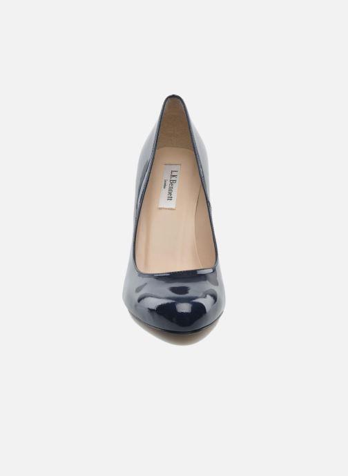 Escarpins L.K. Bennett Stila Bleu vue portées chaussures