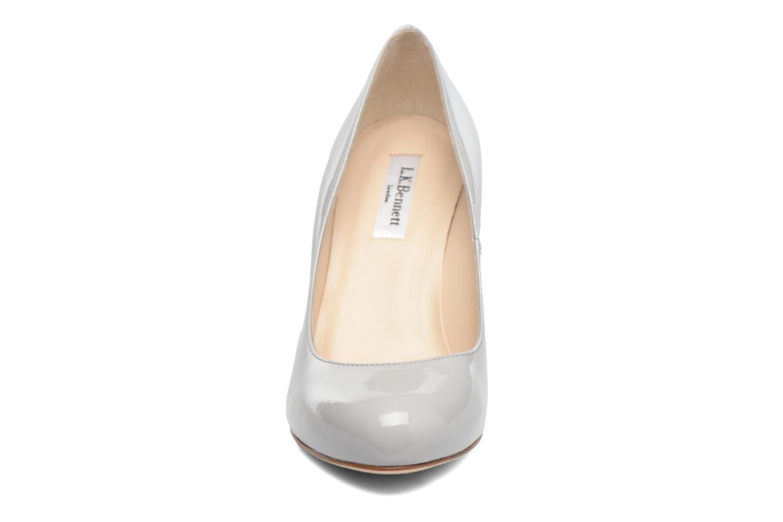 Escarpins L.K. Bennett Stila Gris vue portées chaussures