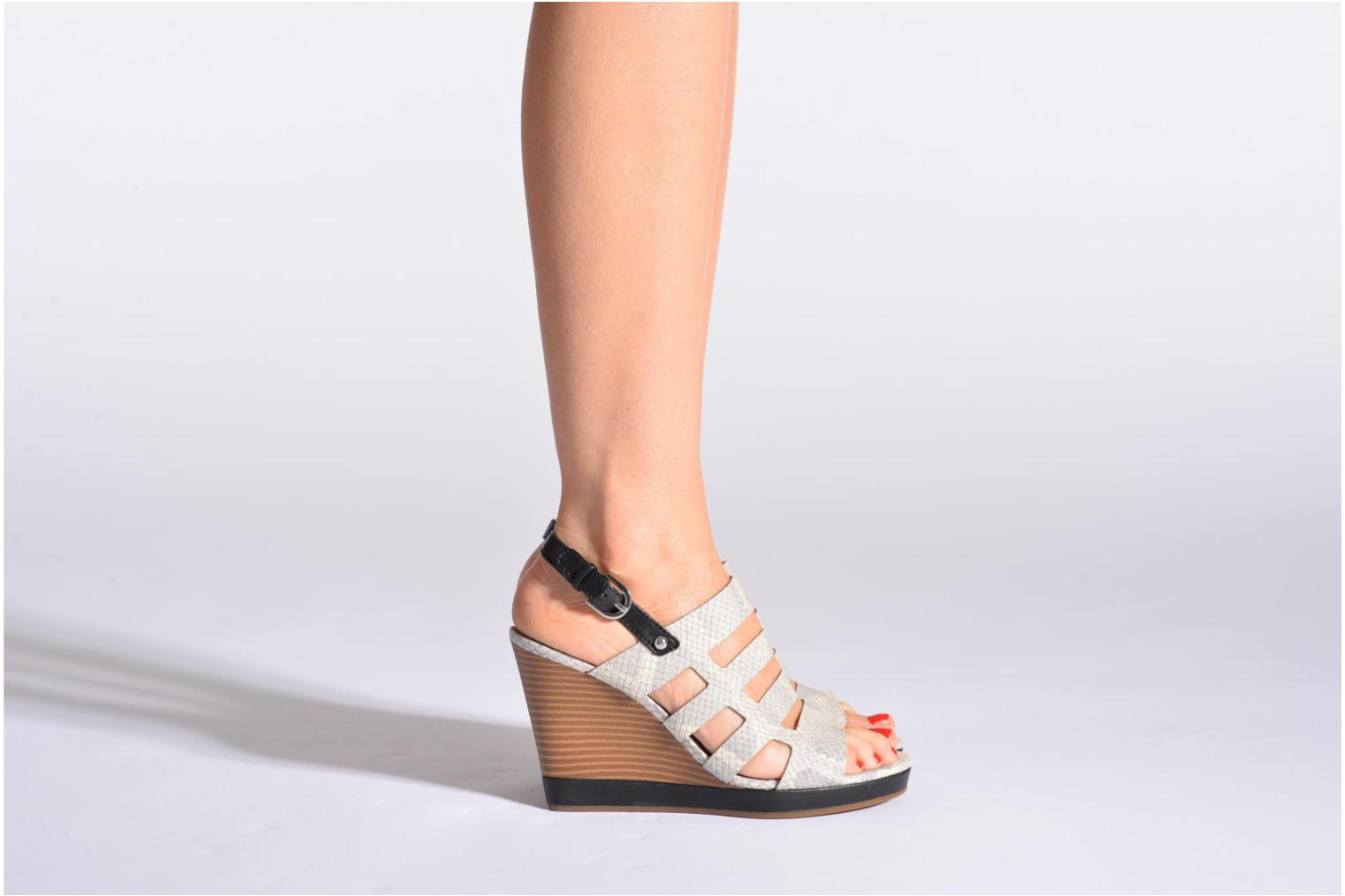 Sandals Geox D Sibilla S. B Beige view from underneath / model view