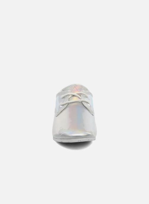 Baskets Eleven paris Basic Patent Holo F Argent vue portées chaussures