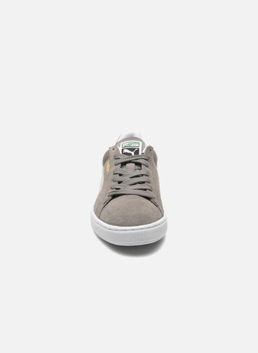 Baskets Puma Suede Classic+ Gris vue portées chaussures