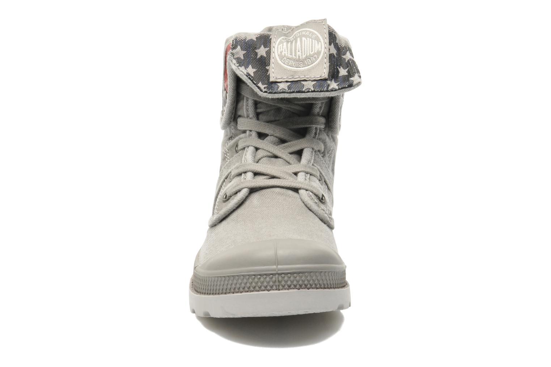 Bottines et boots Palladium Baggy Kid Flag Gris vue portées chaussures