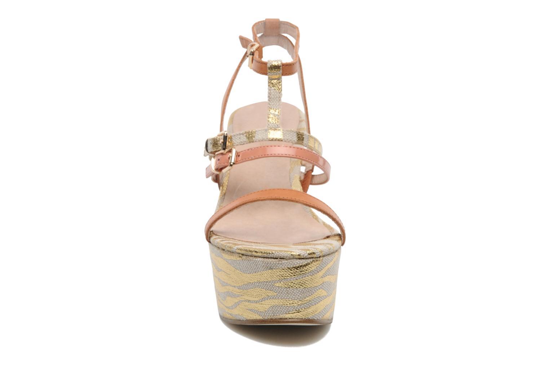 Sandales et nu-pieds Mellow Yellow Peach Rose vue portées chaussures