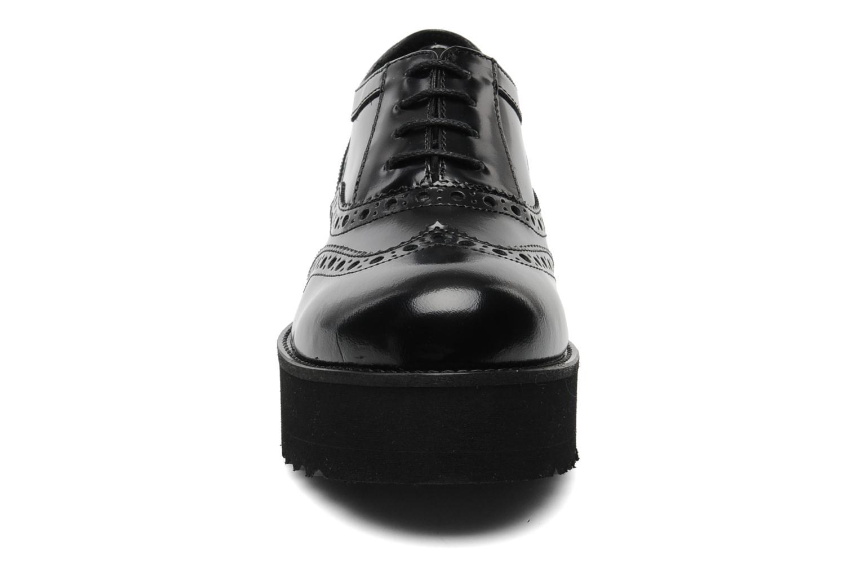 Scarpe con lacci Jonak Épinard Nero modello indossato