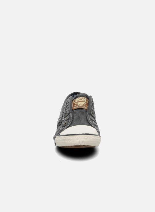 Sneaker Mustang shoes Sorala grau schuhe getragen