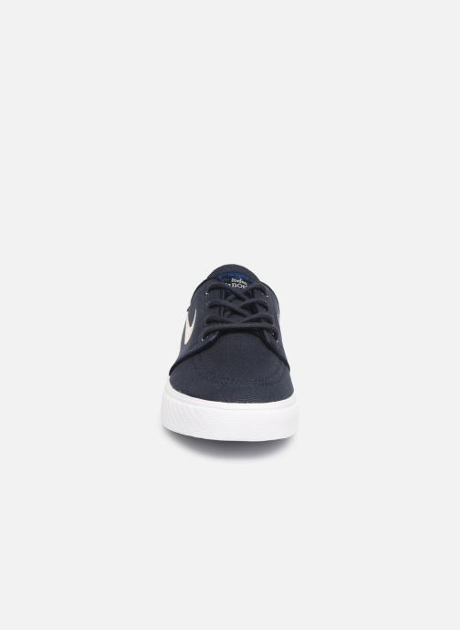 Deportivas Nike Stefan Janoski (GS) Azul vista del modelo
