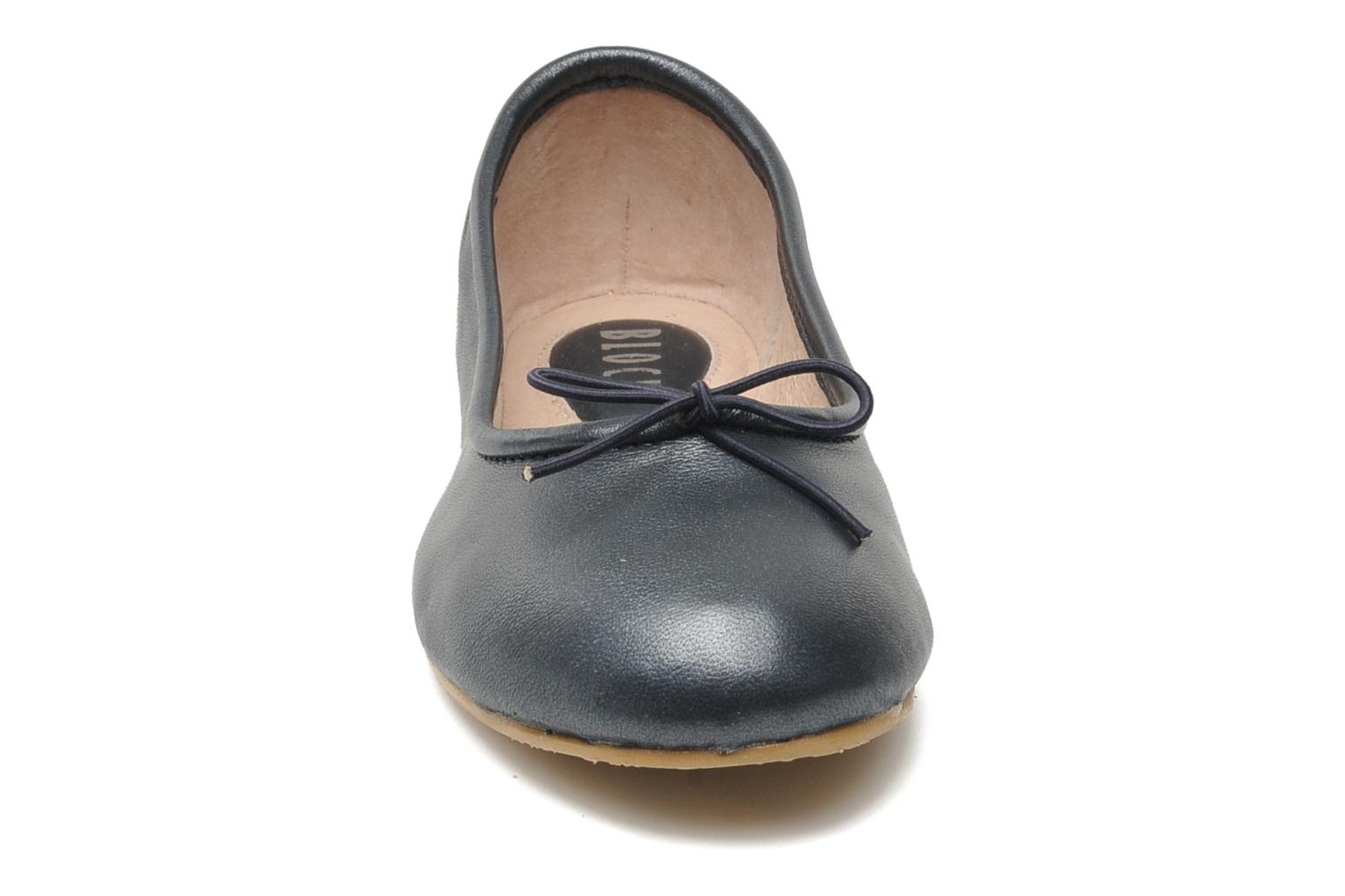 Ballet pumps Bloch Girls Arabella Grey model view