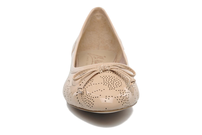 Ballerines JB MARTIN Laurel Beige vue portées chaussures