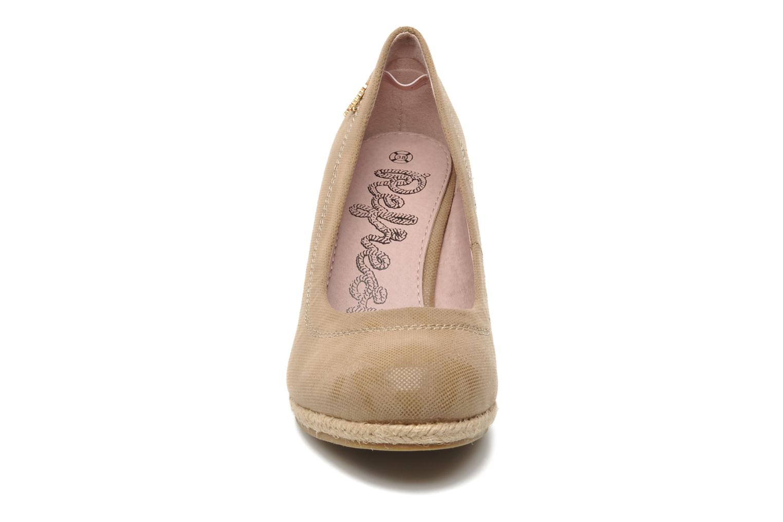 Escarpins Refresh Briaga Beige vue portées chaussures