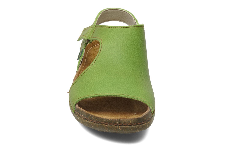 Sandales et nu-pieds El Naturalista Torcal N309 Vert vue portées chaussures