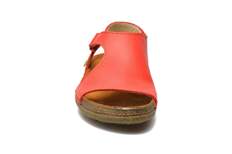 Sandales et nu-pieds El Naturalista Torcal N309 Rouge vue portées chaussures