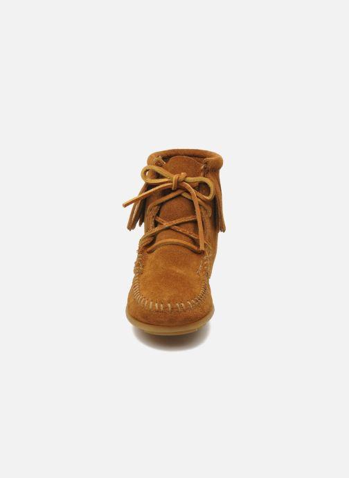 Bottines et boots Minnetonka Tramper Bootie G Marron vue portées chaussures