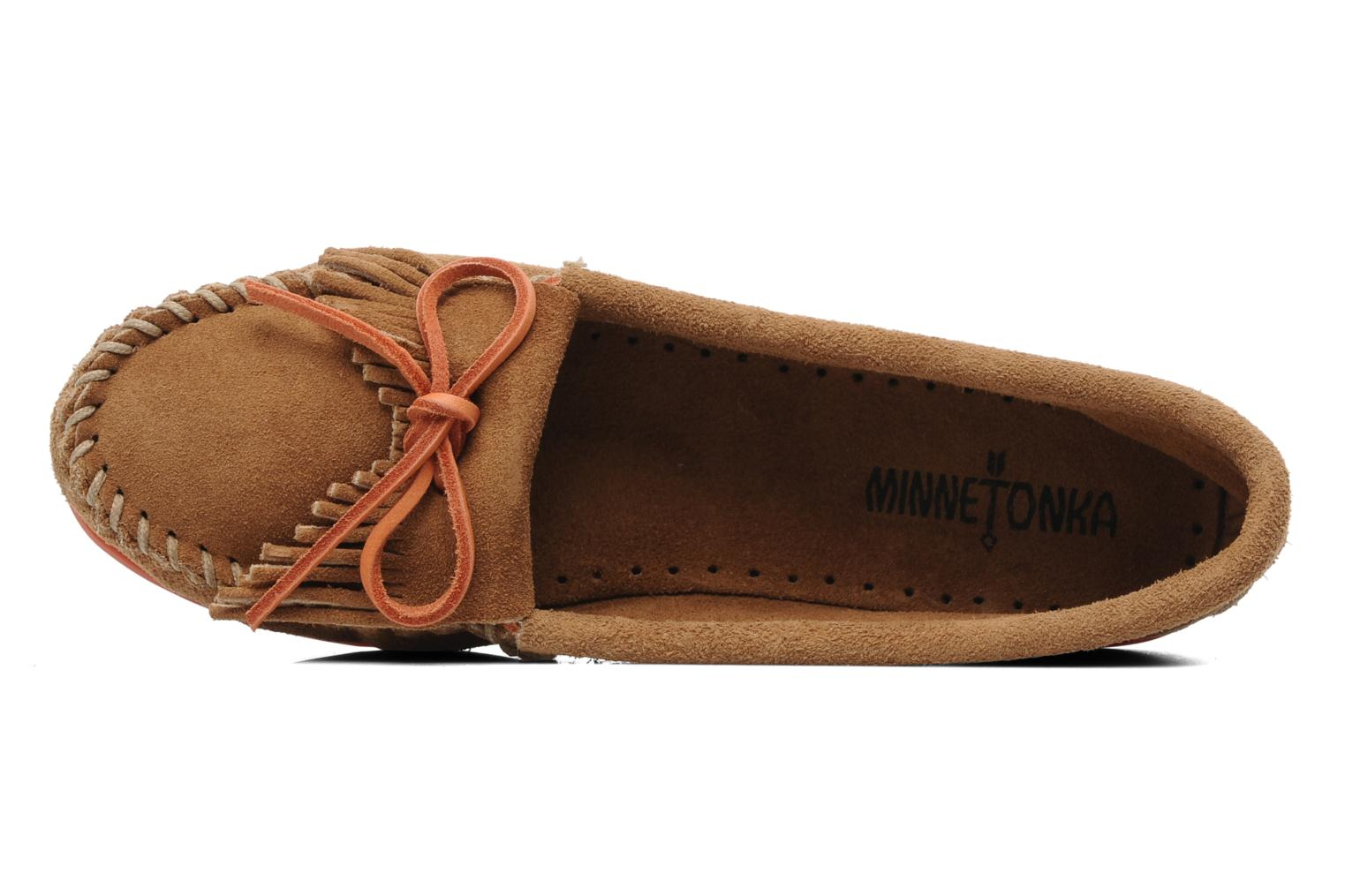 Loafers Minnetonka Kilty Suede Moc/Col Sole Beige view from the left