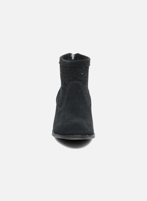 Bottines et boots Minnetonka Cutout Boot Noir vue portées chaussures