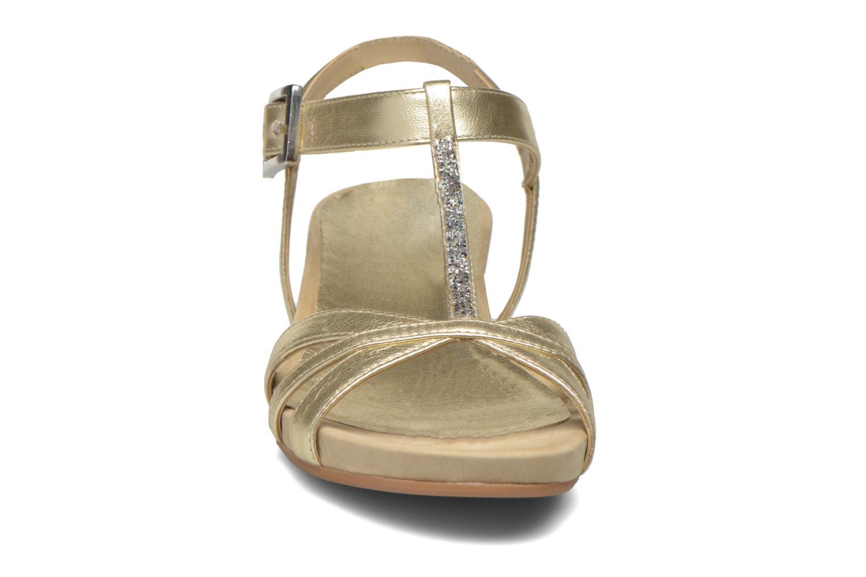 Sandalen Unisa Boili gold/bronze schuhe getragen