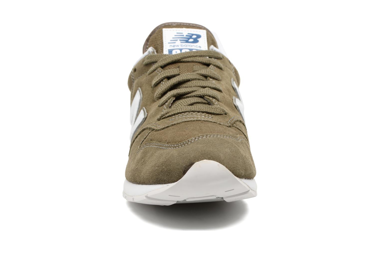 Baskets New Balance MRL996 Vert vue portées chaussures