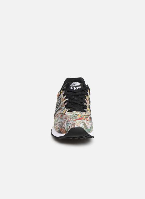 Baskets New Balance WL574 Multicolore vue portées chaussures