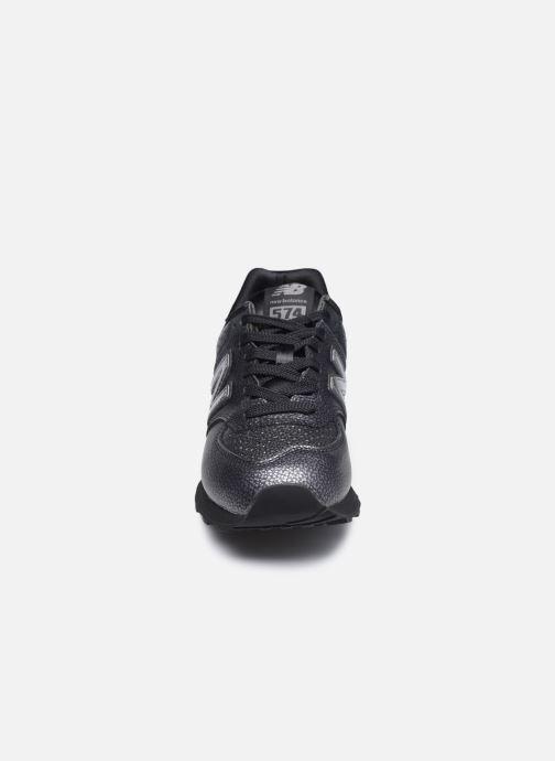 Sneaker New Balance WL574 schwarz schuhe getragen