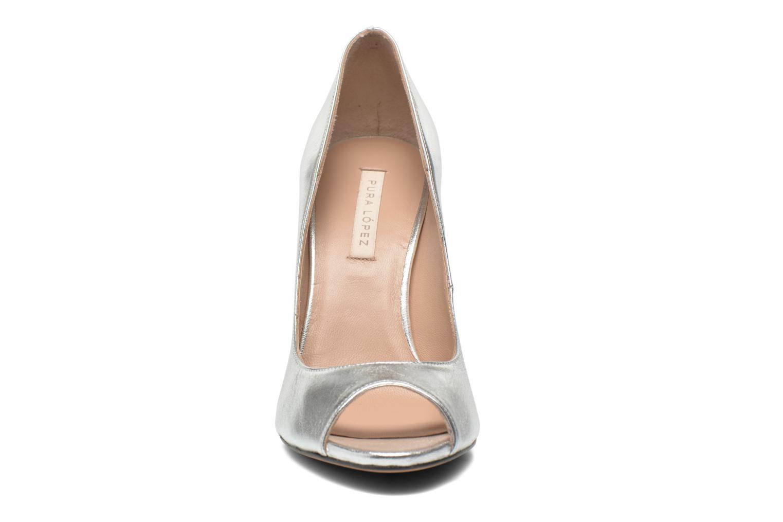 Pumps Pura Lopez Gabriella Silver bild av skorna på