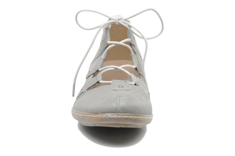 Ballerines Karston Bibio Argent vue portées chaussures