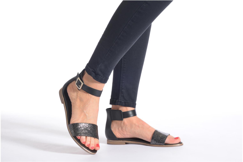Sandales et nu-pieds Karston Soane Beige vue bas / vue portée sac