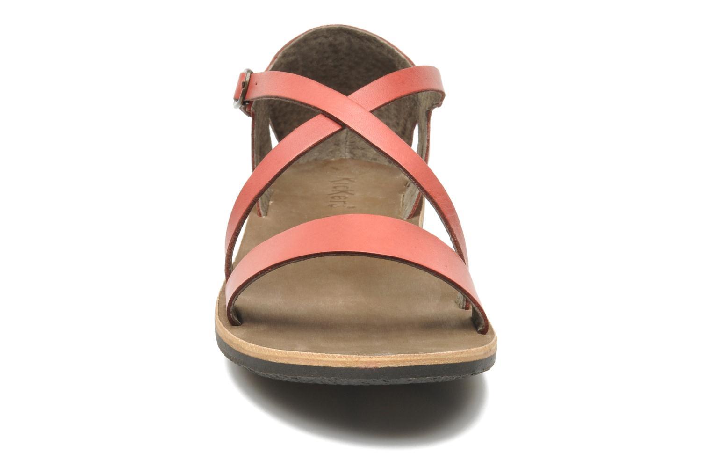 Sandales et nu-pieds Kickers Spartame Rouge vue portées chaussures