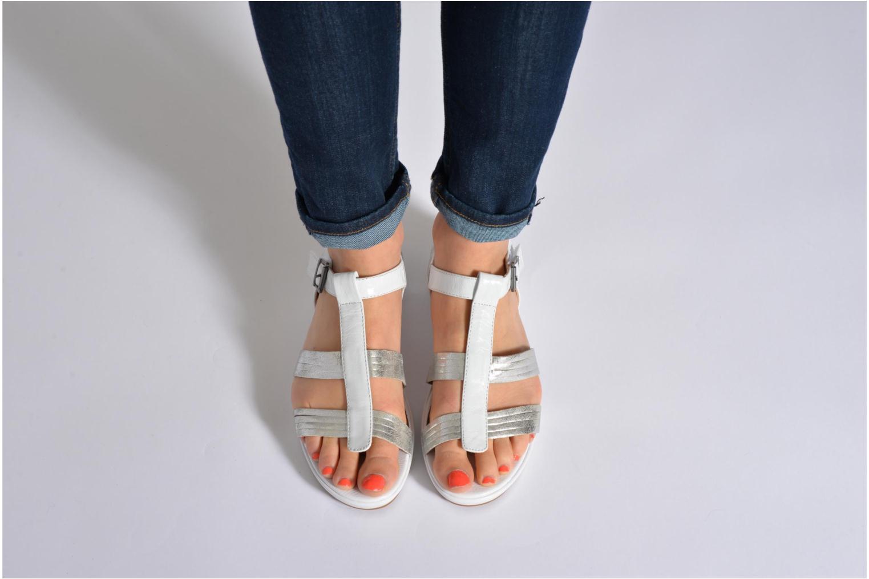 Sandales et nu-pieds Madison Enna Noir vue bas / vue portée sac